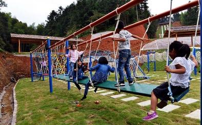 儿童拓展运动区